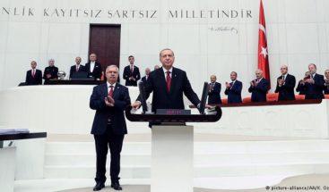 Recep Tayyip Erdogan se juramenta como presidente de Turquía