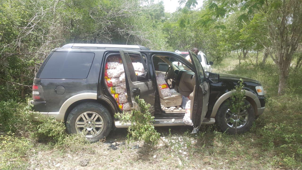 Ejército decomisa 132 sacos de ajo en Dajabón
