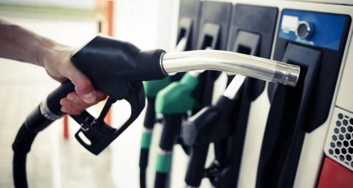 Gasolinas bajan hasta RD$ 1.80; gasoil regular sube RD$ 1.20