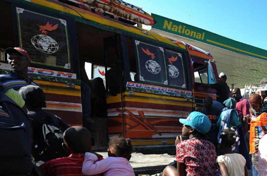 Al menos 16 muertos y 58 heridos en accidentes de tránsito en Haití
