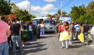 Protestan por falta de agua y otros servicios en el barrio La Placeta