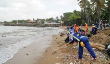 Hoteleros encomian labor de ADN y otras autoridades en la limpieza del litoral de Santo Domingo