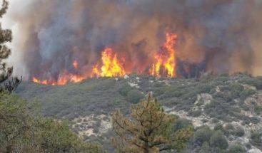 Incendios de California se cobran tres vidas y arrasan miles de hectáreas