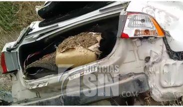 Incautan 14 libras de marihuana en baúl de vehículo en La Vega