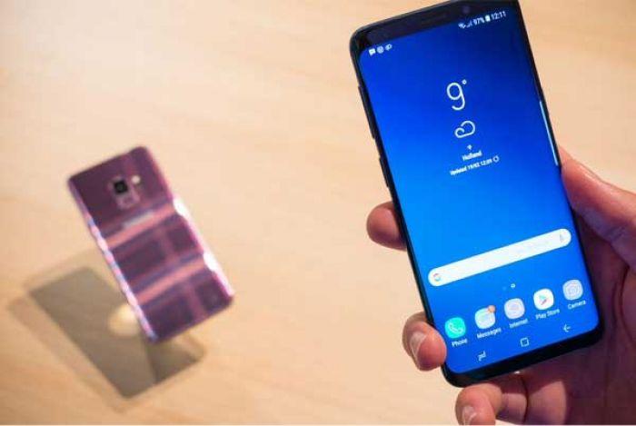 Samsung estudia quejas de que sus móviles han mandado fotos sin permiso