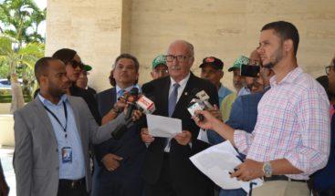 Diputados someten propuesta de juicio político contra el presidente Danilo Medina