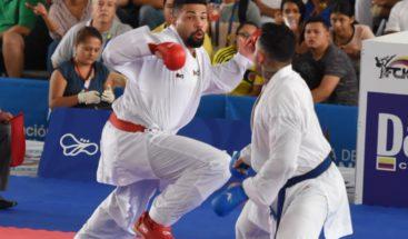 Anel Castillo gana oro yrevalida título en kárate de Juegos Centroamericanos
