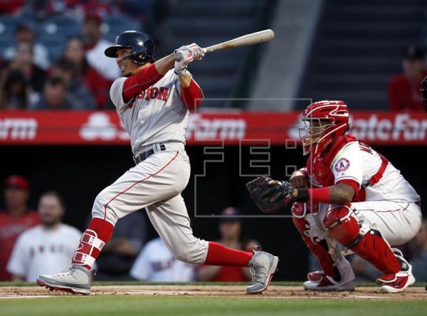 Medias Rojas mantienen racha ganadora; Astros pierden; marca de Pujols