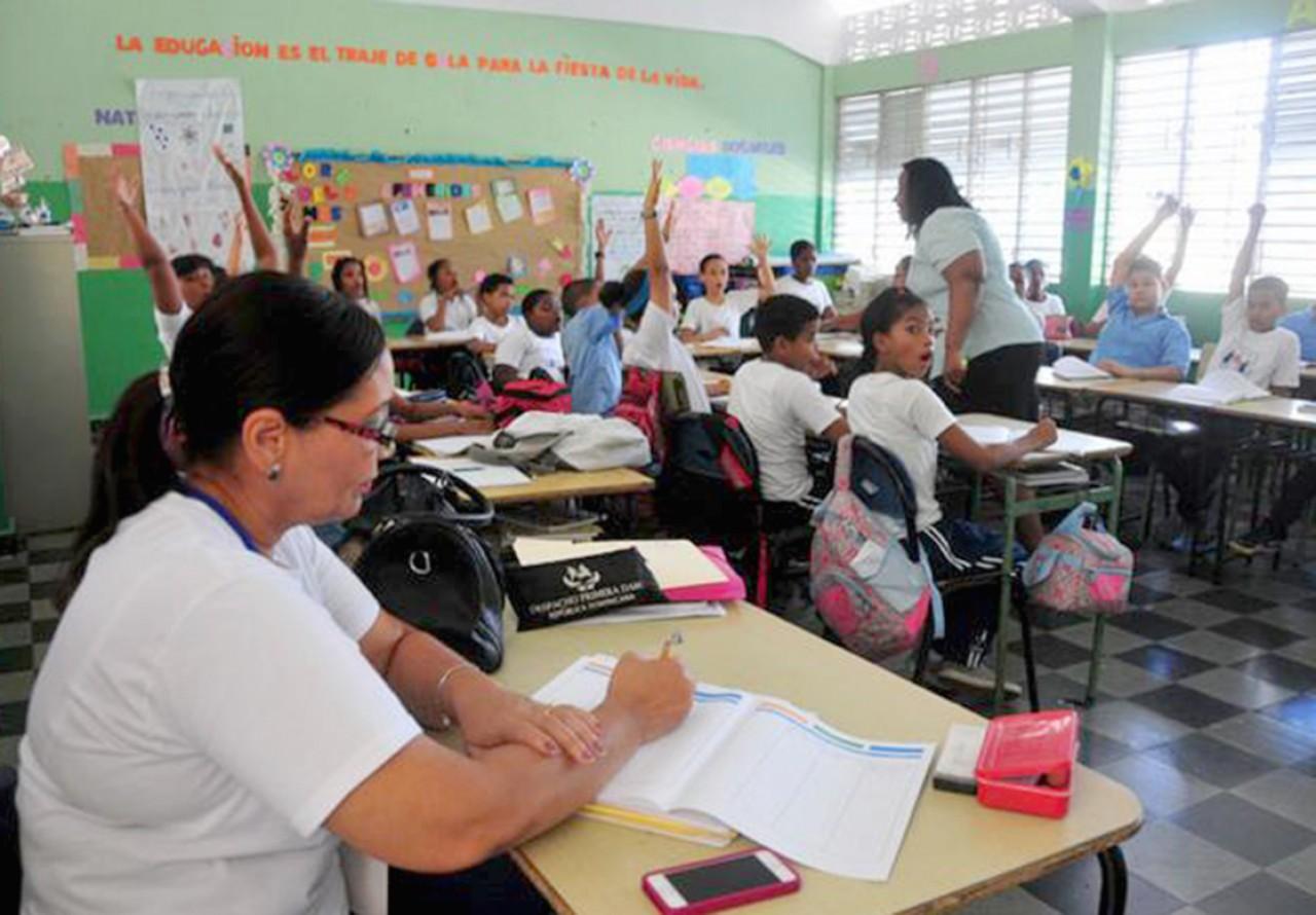 Minerd y ADP muestran resultados de evaluación sobre desempeño docente