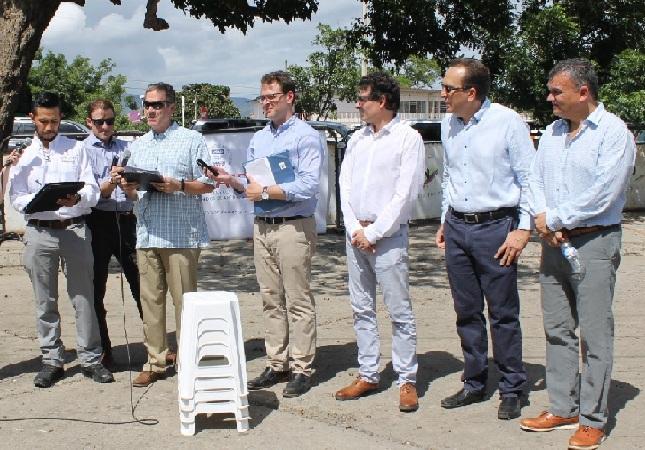 EE.UU. anuncia 6 millones de dólares más para venezolanos en Colombia