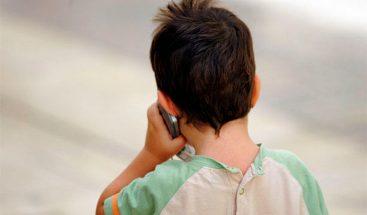 Niño de 7 años llama al 911 y ayuda a su hermana de 3 años en Ecuador