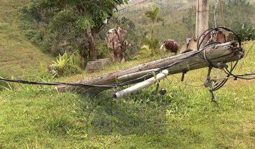 A más de nueve meses del paso del huracán María permanecen comunidades a oscuras en Puerto Rico