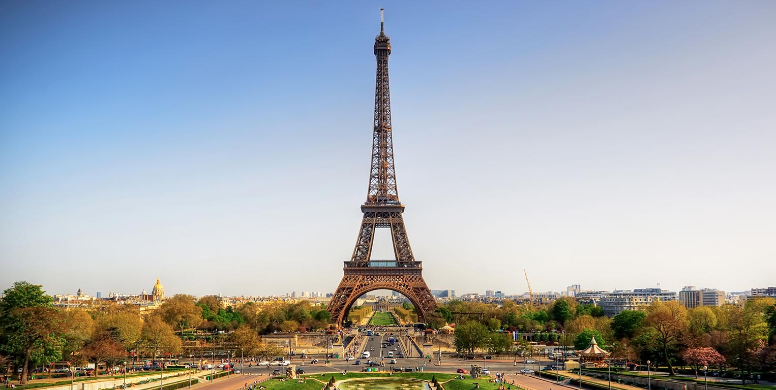 París cerrará torre Eiffel y se blindará con policías para la final del Mundial