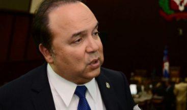 Vinicio Castillo pide al gobierno evacuar personal embajadade RD en Haití