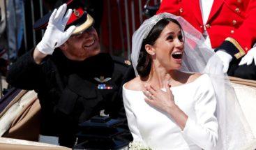 Vestidos de boda de Meghan y Enrique se exhibirán en Windsor y Edimburgo