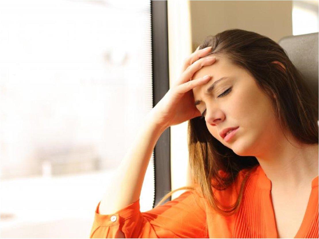 Estudio revela hormonas sexuales como causantes de migrañas en mujeres