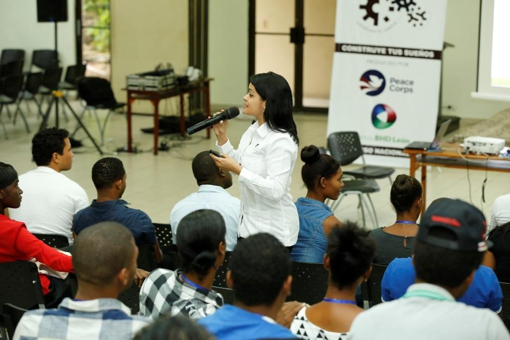 Apoyan nuevos proyectos juveniles de emprendimiento