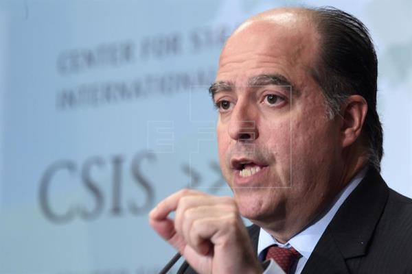 Ordenan detener al opositor Borges por atentado a Maduro