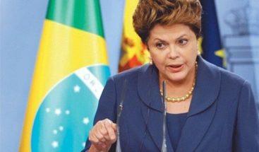 La expresidenta Dilma Rousseff presenta su candidatura al Senado