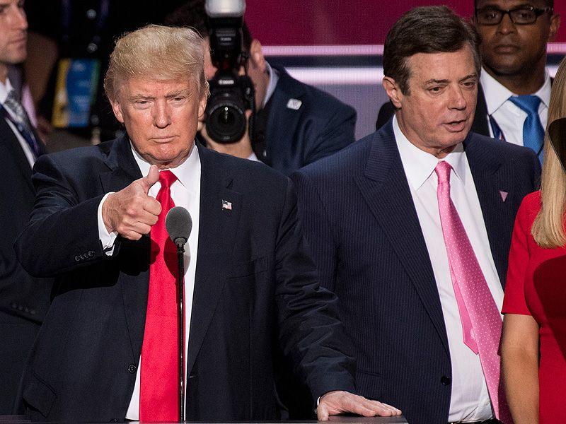Trump insinúa tratan peor a su exjefe campaña que al gánster Al Capone