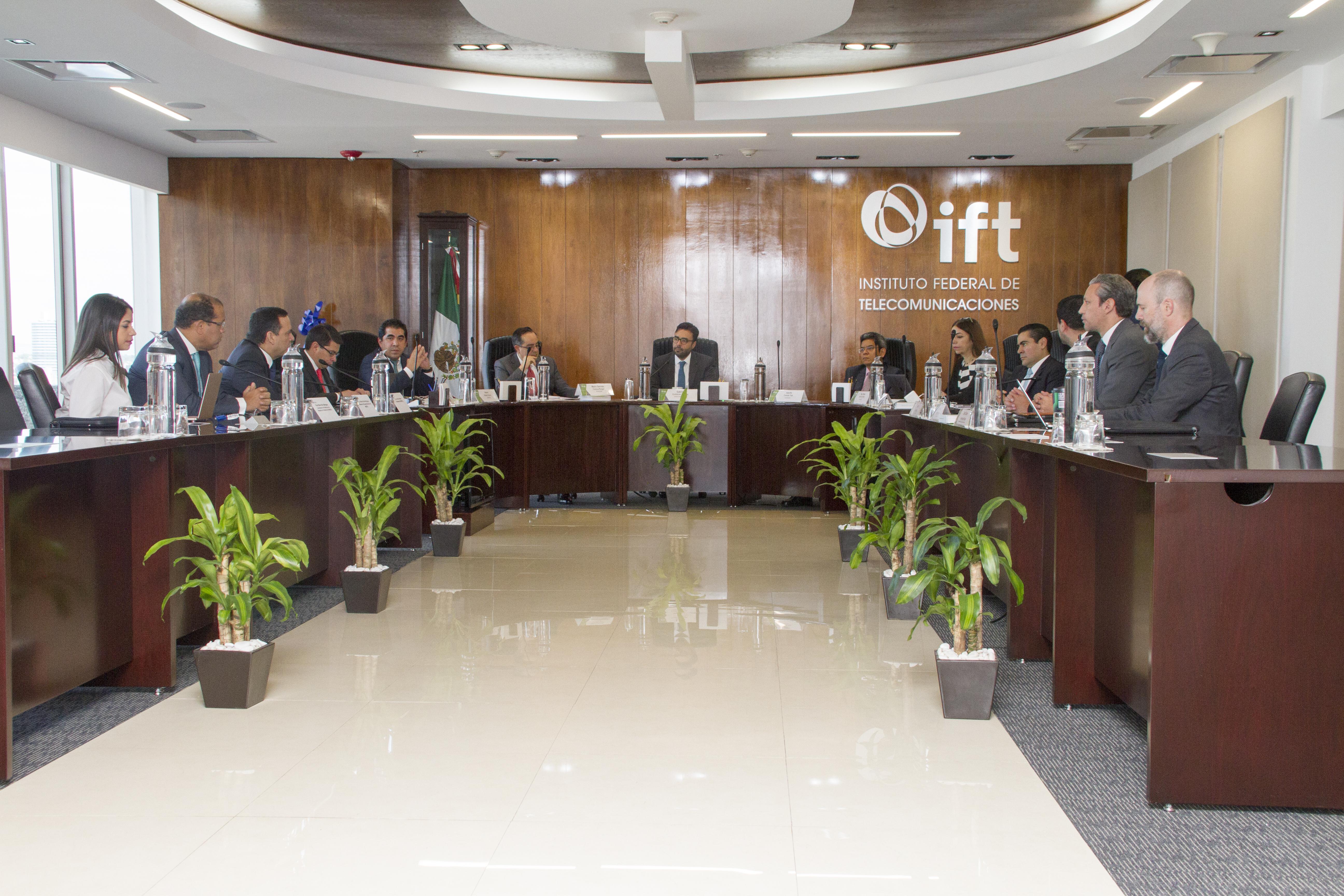 Indotel y el IFT intercambian experiencias sobre telecomunicaciones