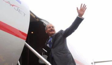 Medina viaja a Colombia para toma de posesión de Iván Duque