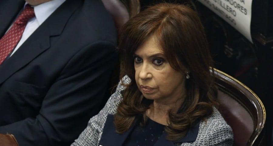 Citan a Fernández para ampliar declaración en causa por sobornos