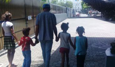 Denuncian niñas de 5, 6, 7 y 11 años son explotadas por su madre