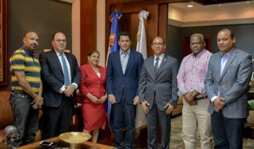 Voceros PLD, PRD, PRM, PRSC reconocen transparencia del alcalde Collado