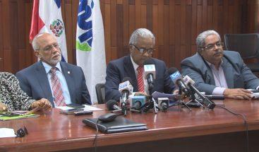 Gobierno y representantes del sector salud vuelven a la mesa del diálogo