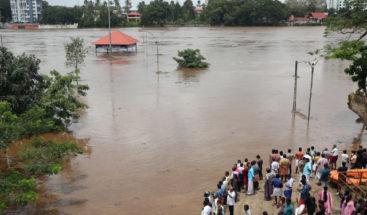 Casi un centenar de muertos por lluvias monzónicas en el sur de la India