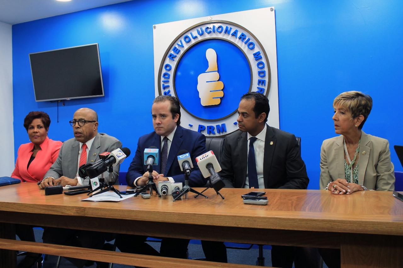 Los 50 diputados PRM votarán a favor de informe final Ley de Partidos