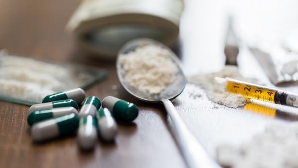 Aumentan en casi un 10 % las muertes por sobredosis de drogas en EE.UU.