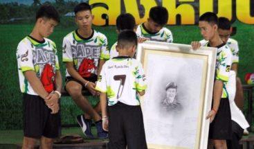 Los tailandeses de la cueva, estrellas de internet después del rescate