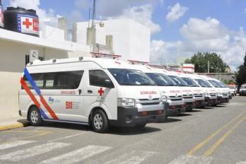 OMS y OPS donan 15 ambulancias para el 9-1-1