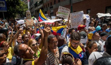 Protestan cerca del palacio presidencial en Caracas por fallas de luz