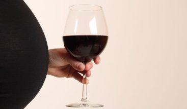 Publican mensaje 'oculto' sobre consumo de alcohol durante el embarazo