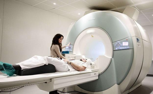 Dispositivo para cerebro puede frenar convulsión de epilepsia en ratones