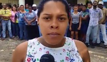 Mujer le quitaron hijo por alegado maltrato pide a fiscal devolvérselo