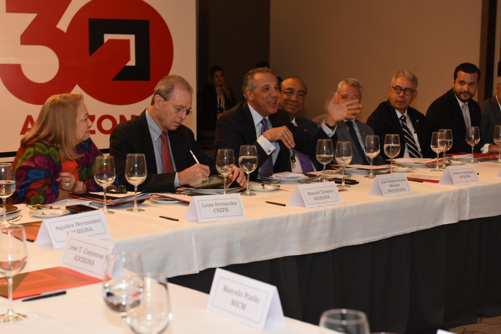 Presidencia destaca sólido compromiso del Gobierno con zonas francas