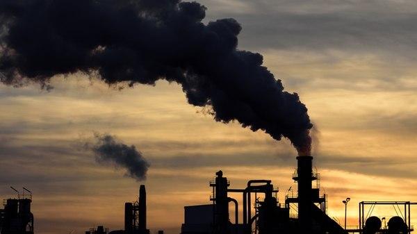 Contaminación atmosférica amenaza la vida de miles de polacos cada año