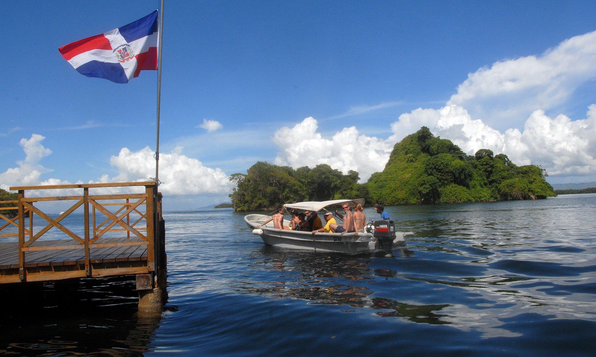 Firman acuerdo para fomentar interés en turismo
