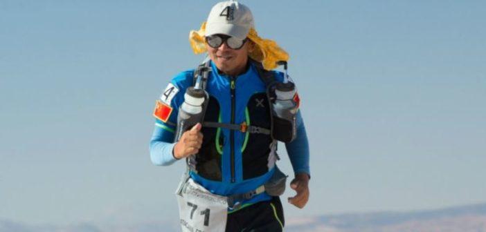 Corredor chino de 55 años corre 100 maratones en días consecutivos