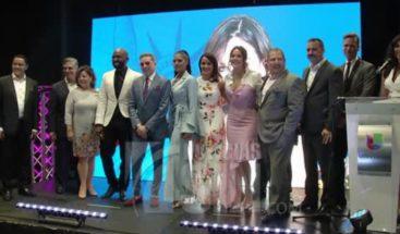 Talentos dominicanos de Univision estrechan lazos en el país
