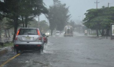 Vaguada y onda tropical provocarán aguaceros en gran parte del país