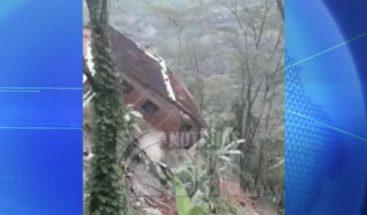 Colombia: Varias casas se derrumban por crecidas de ríos