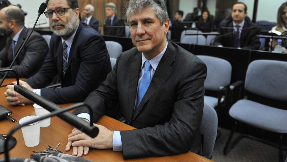 Condenan a prisión a exvicepresidente argentino Amado Boudou