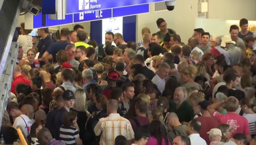 Retrasos y cancelaciones en aeropuerto Fráncfort por medidas policiales