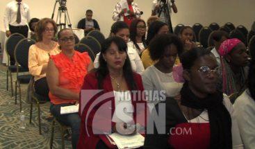 Trabajadoras domésticas saludan propuesta que busca regular su trabajo