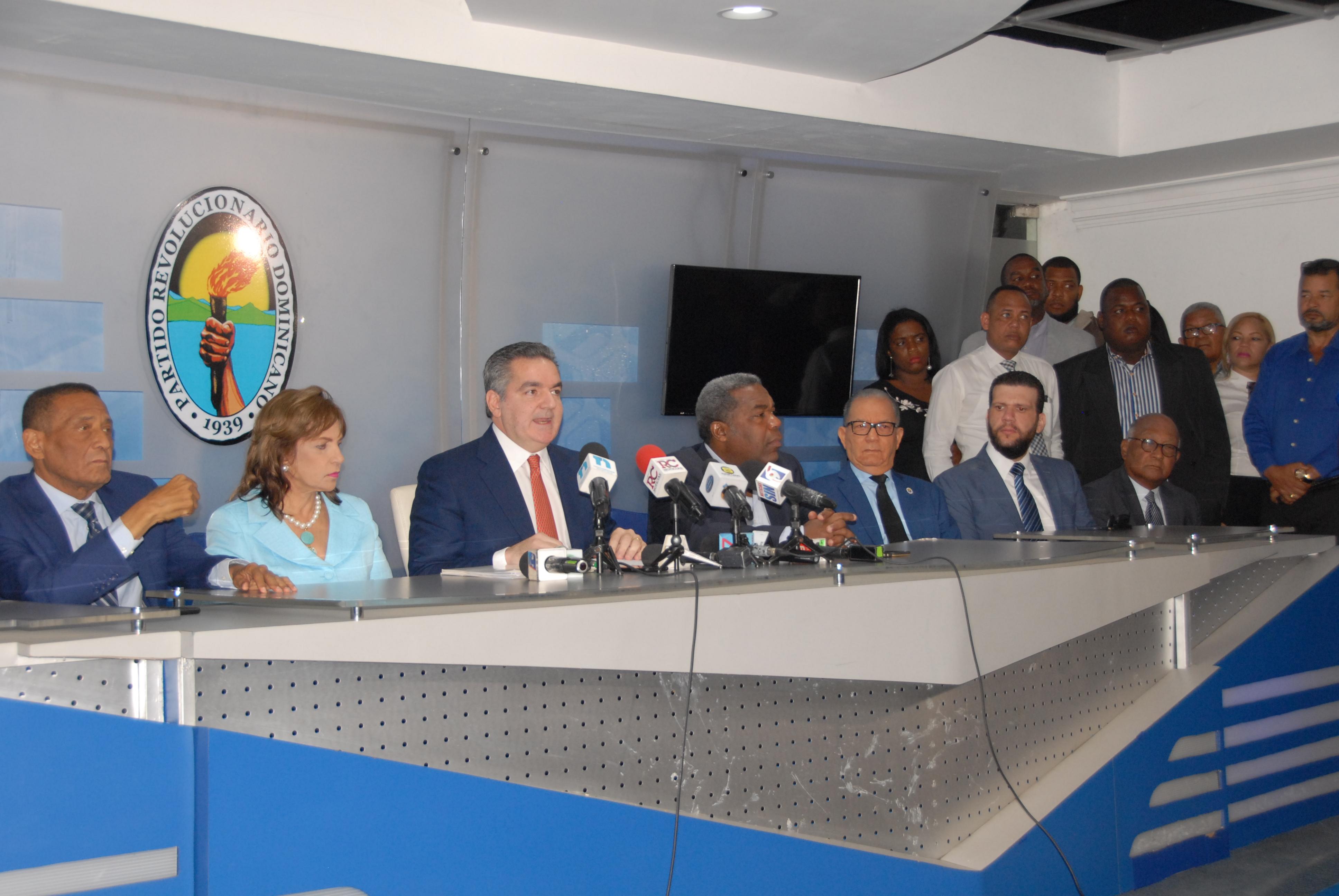 PRD convoca convenciones y califica de ilegal convocatoria de Guido